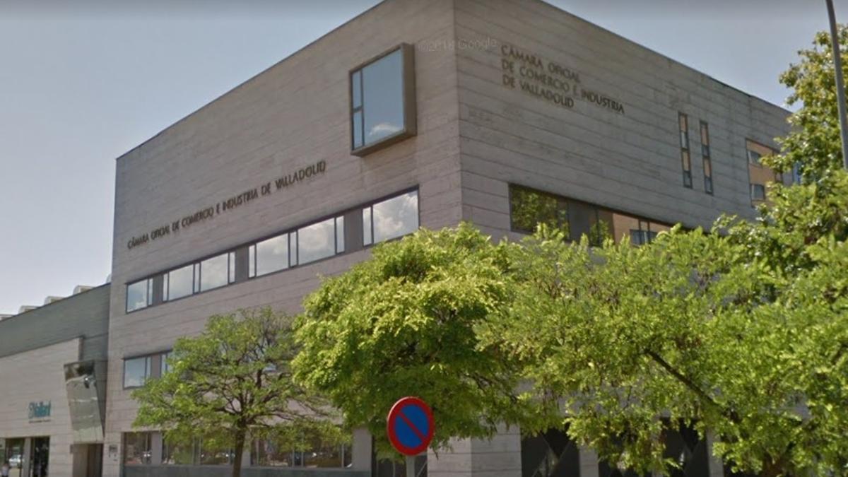 Edificio de la Cámara de Comercio de Valladolid.