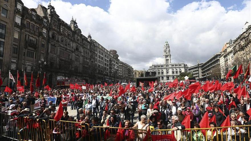 Los trabajadores lusos celebran el 1 de mayo con protestas contra los ajustes