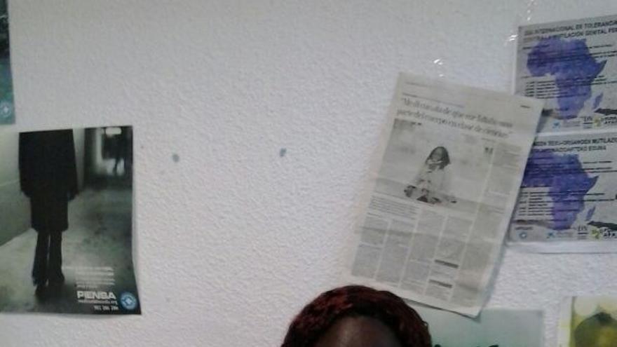 Fátima Djarra trabaja con la comunidad africana de Navarra.