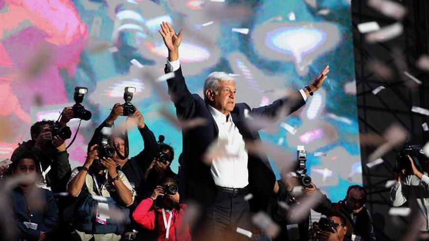 López Obrador recibe el apoyo de los mexicanos, los políticos y la patronal tras su triunfo