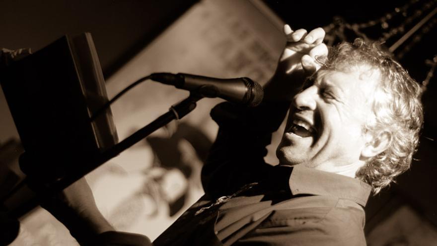 El poeta andaluz Eladio Orta participará en La Surada 2015.