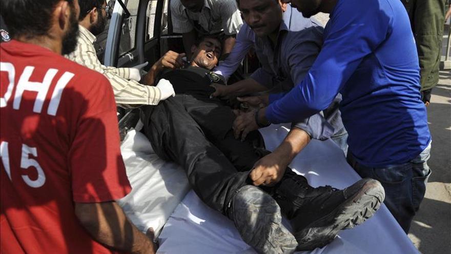 Al menos cinco muertos en la explosión de una bomba en Pakistán
