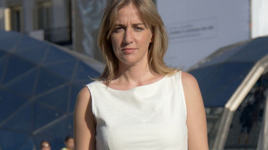 Tania Sánchez abandona IU arropada por afines como la diputada María Espinosa o la exparlamentaria Carmen Pérez Carballo
