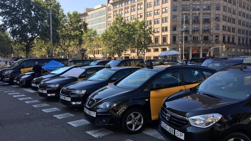 El comercio y la restauración de Barcelona pierden un 30% de las ventas por la huelga de taxis