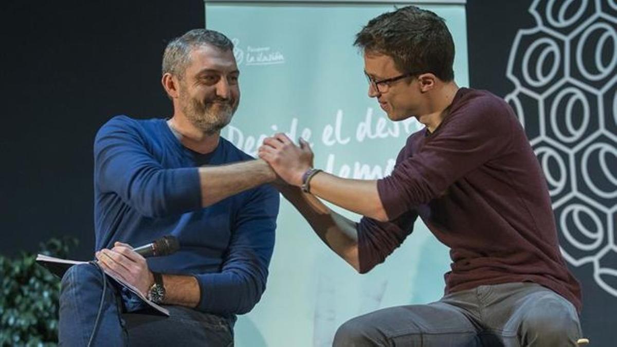 El líder de Podemos de la Región, Óscar Urralburu, junto con Íñigo Errejón, quien fundó el nuevo partido Más Madrid