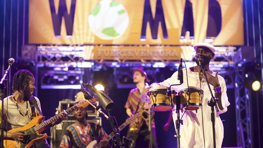Nueve artistas y miles de personas marcan el inicio del Womad Fuerteventura