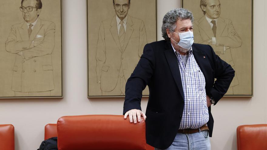 El presidente de la Comisión de Transición Ecológica y Reto Demográfico, Juan Antonio López de Uralde.