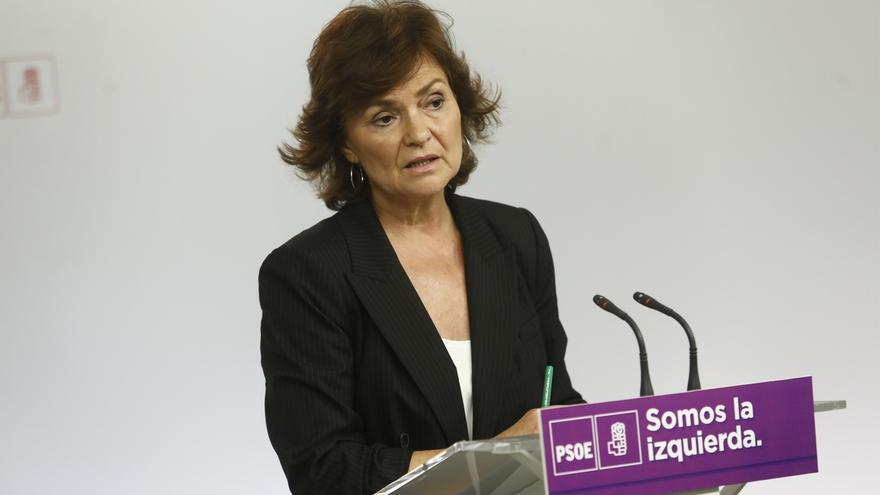 """Carmen Calvo (PSOE) defiende que Rajoy responda en el Congreso a """"incógnitas"""" sobre la financiación del PP"""