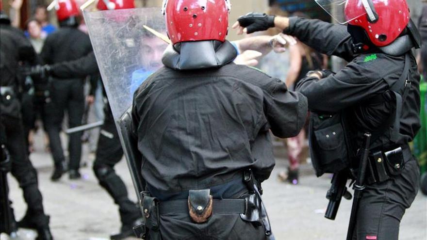 Imputadas 7 personas por desórdenes en el recibimiento a un preso en Bilbao