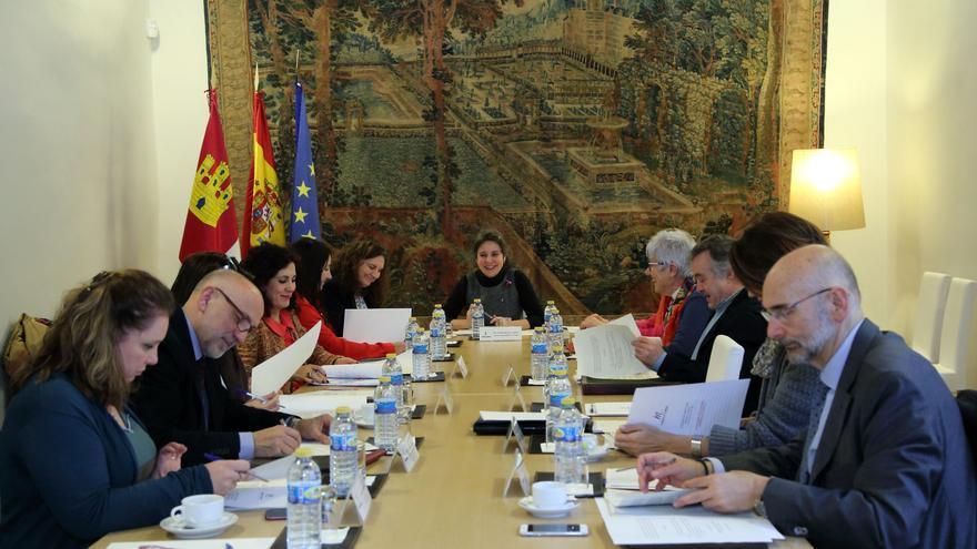 Reunión del consejo del Instituto de la Mujer / JCCM