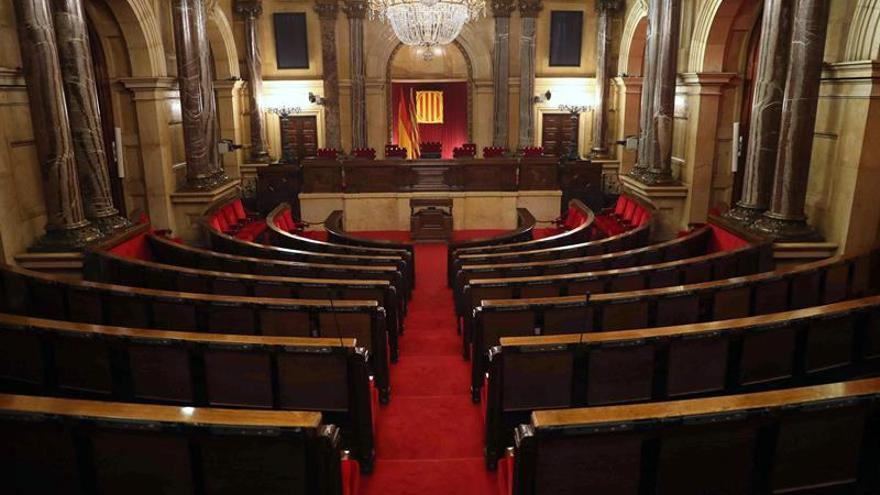 Los letrados del Parlament rechazan una investidura a distancia de Puigdemont