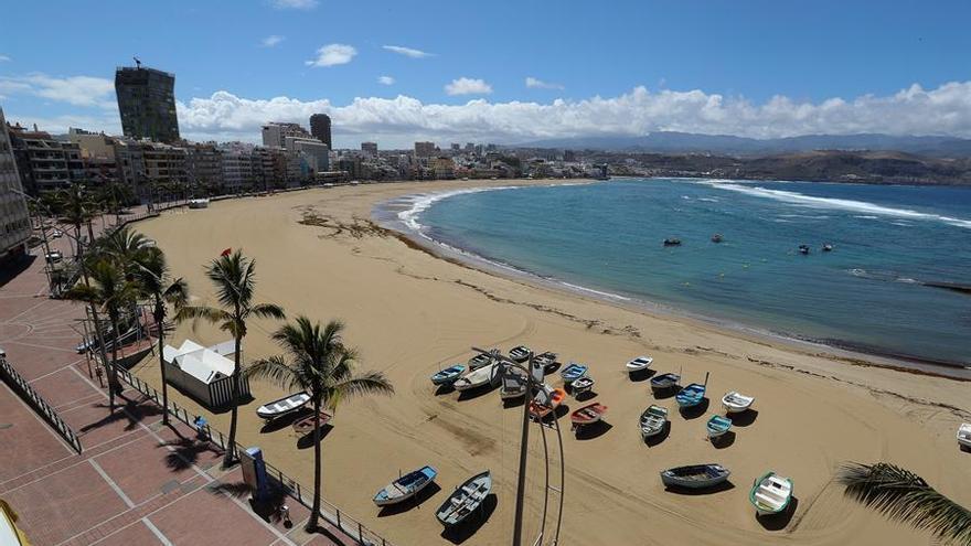 La playa de Las Canteras, en Las Palmas de Gran Canaria.