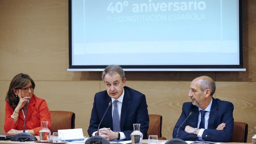 Zapatero insta a volver al Estatut de 2010 para superar fractura con Cataluña