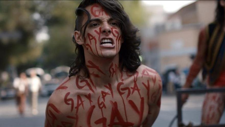 """El mexicano Hari Sama lleva a Sundance los rebeldes y """"agridulces"""" años 80"""