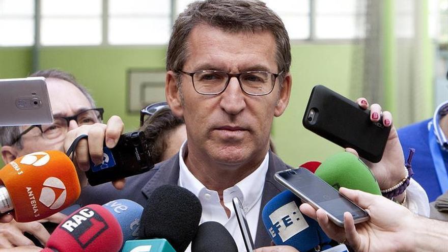 Feijóo vuelve a bajar a 41 escaños al 93% escrutado y En Marea y PSdeG empatan