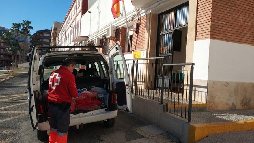 Cruz Roja en el Cuartel de la Guardia Civil en Mazarrón/ Cruz Roja