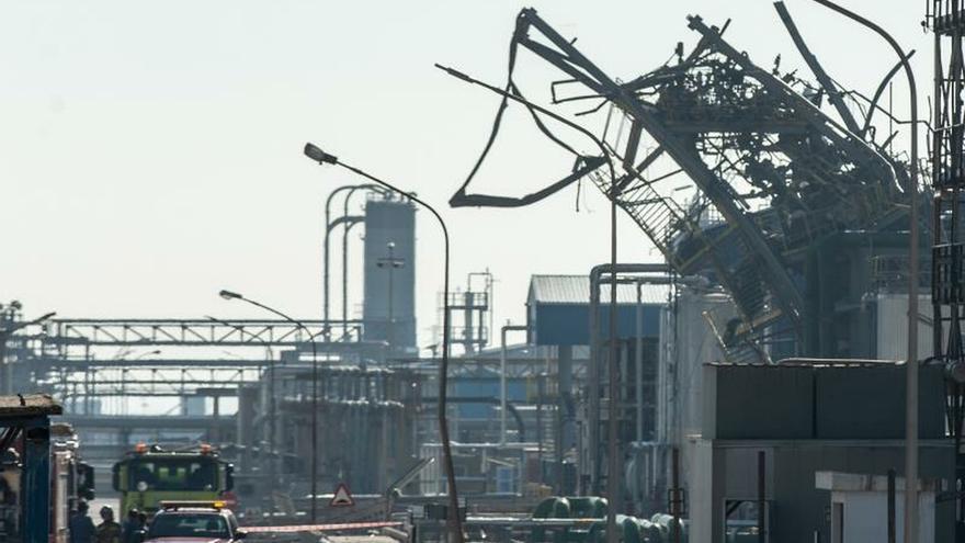 La huelga en la petroquímica de Tarragona arranca con un seguimiento del 100%