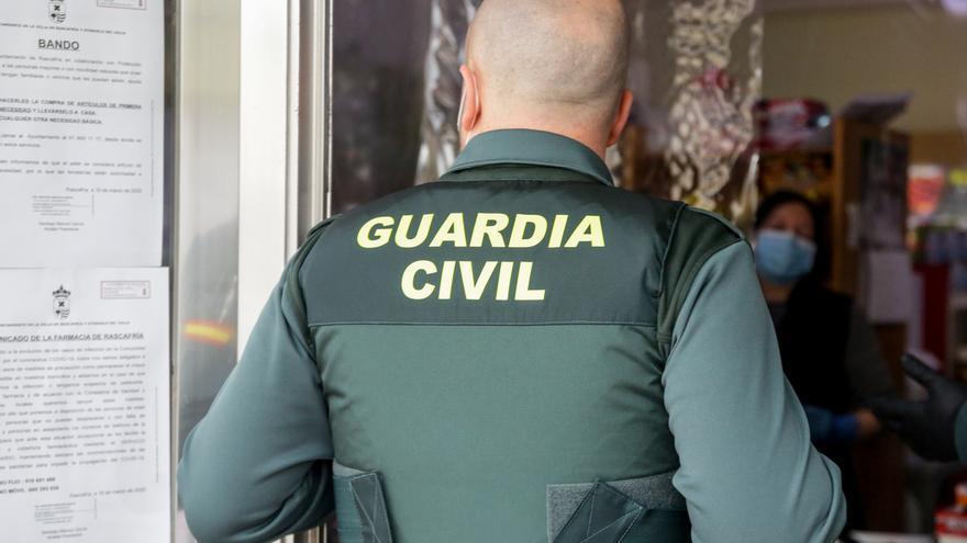 """APROGC lamenta el """"error de comunicación"""" y defiende que la Guardia Civil vela por el derecho a la libertad de expresión"""