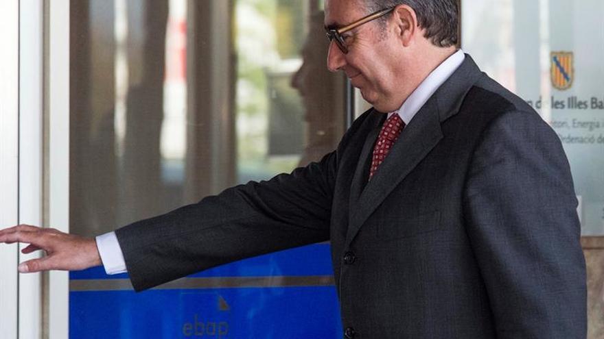 La Fiscalía apoya la personación de Podemos,Torres y Rodríguez Menéndez en Ausbanc