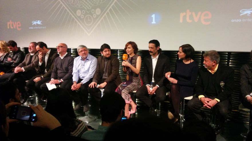 Parte del equipo de El Ministerio del Tiempo en la presentación de la segunda temporada