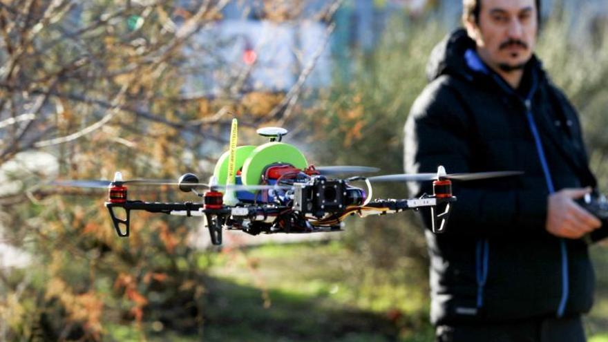 Incorporan un dron a la búsqueda del joven desaparecido en Zaragoza