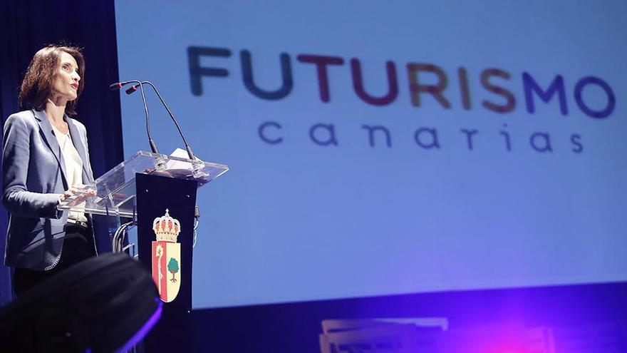 La consejera de Turismo del Gobierno de Canarias, María Teresa Lorenzo, durante su intervención en Futurismo