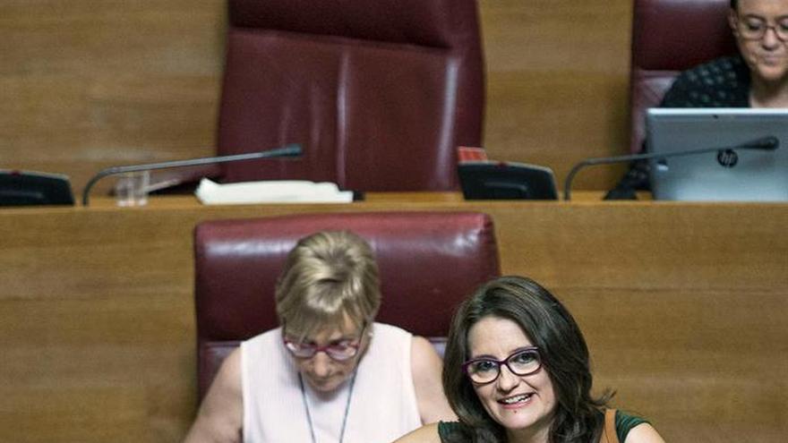 Les Corts Valencianes reclaman un ingreso mínimo para familias sin recursos