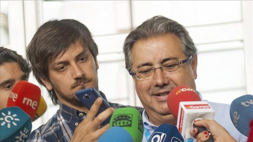 """Zoido cree que el tripartito supondría la vuelta """"a la ruina"""" para Sevilla"""
