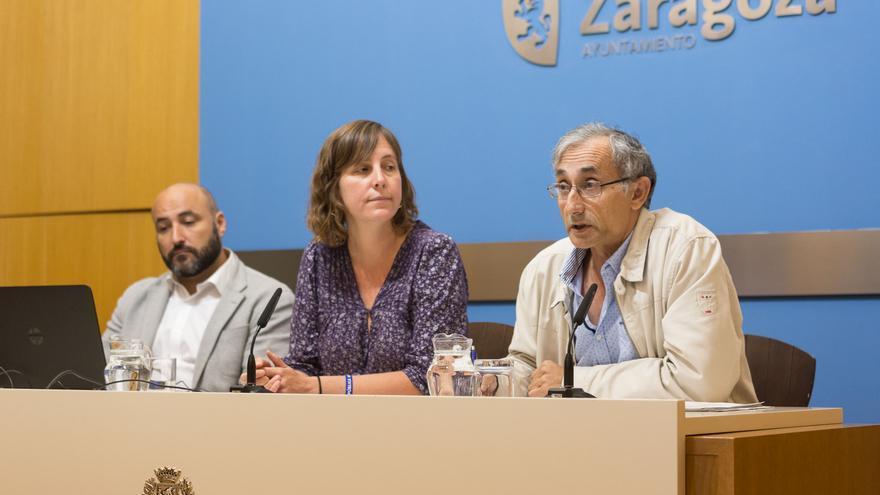 En el centro, la concejala de Medio Ambiente, Teresa Artigas.