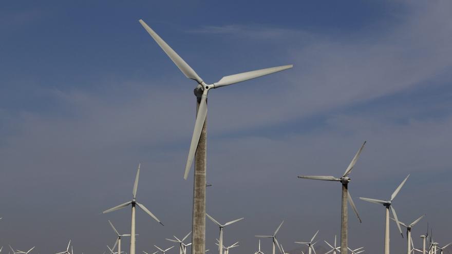 España, entre los países que más aumentaron su potencia eólica instalada en 2011