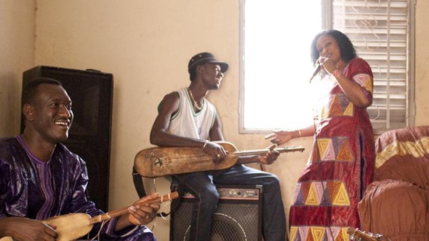 Bassekou Kouyate & Ngoni Ba.