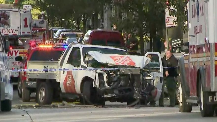 El vehículo que ha arrollado a varias personas en Manhattan / CNN