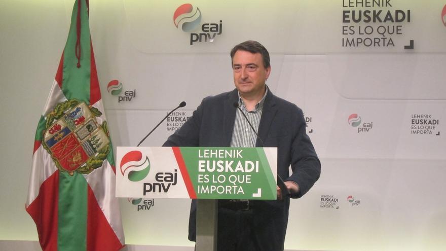 """Esteban (PNV): """"Conociendo a estos bueyes, son capaces de llevarnos a unas terceras elecciones"""""""
