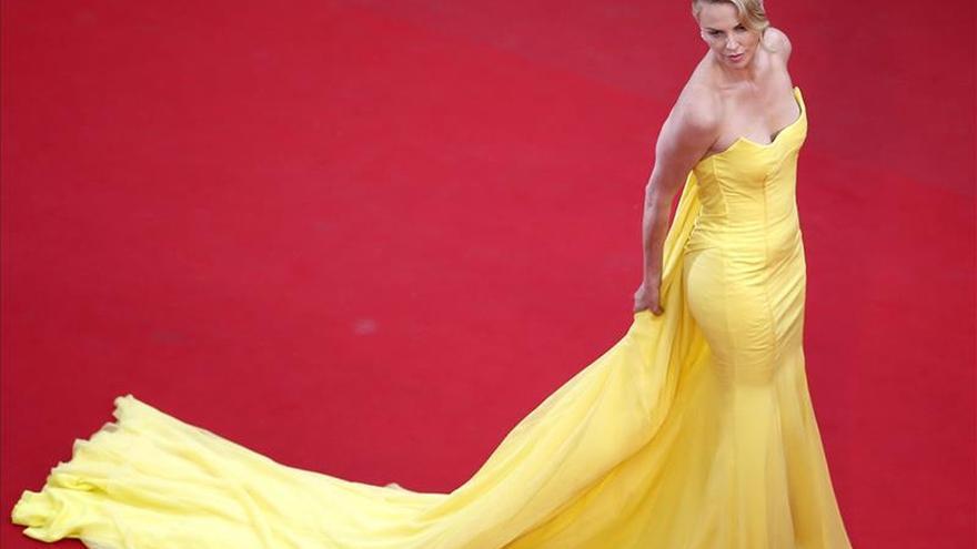 Charlize Theron, una heroína de pocas palabras y muchas agallas