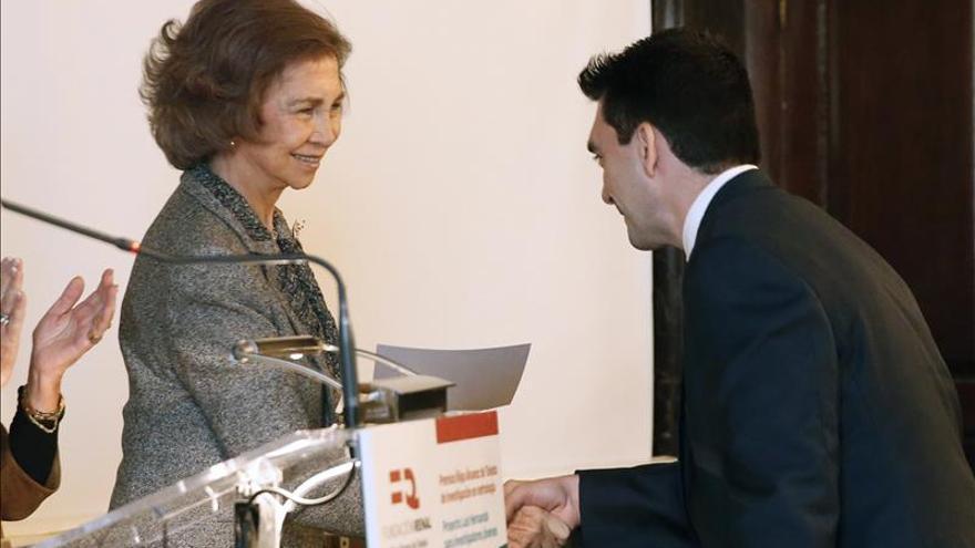 Doña Sofía preside los premios de la Fundación Renal que abre otro centro en Ecuador
