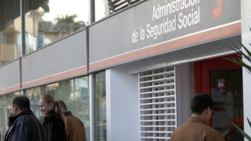 Oficina de la Seguridad Social. (EFE)