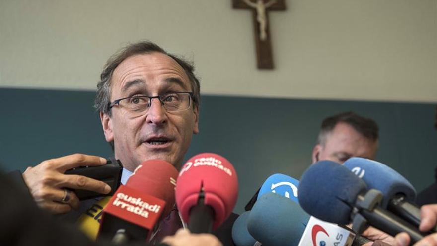 """Alonso cree que el PNV """"distingue"""" la negociación presupuestaria de la corrupción"""