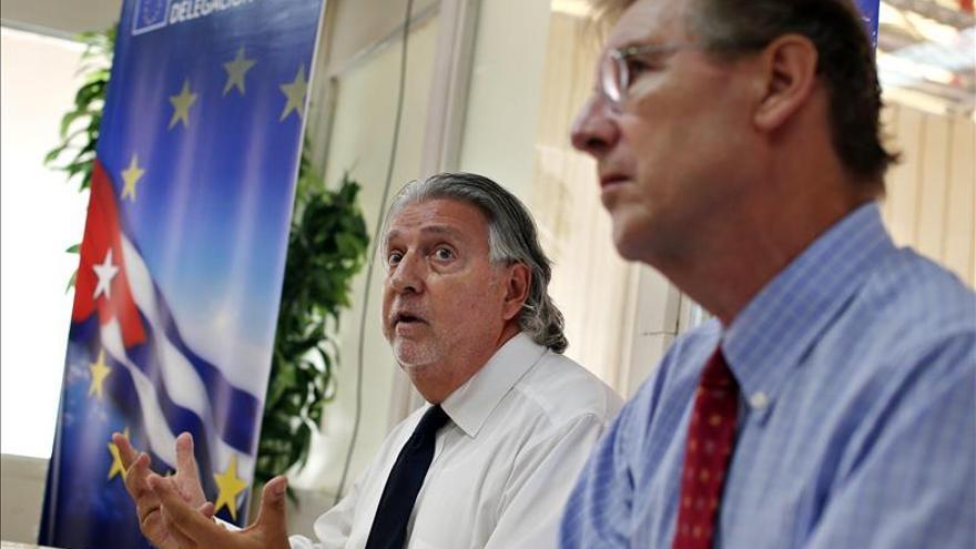 La UE discute con EE.UU. la aplicación extraterritorial del embargo a Cuba