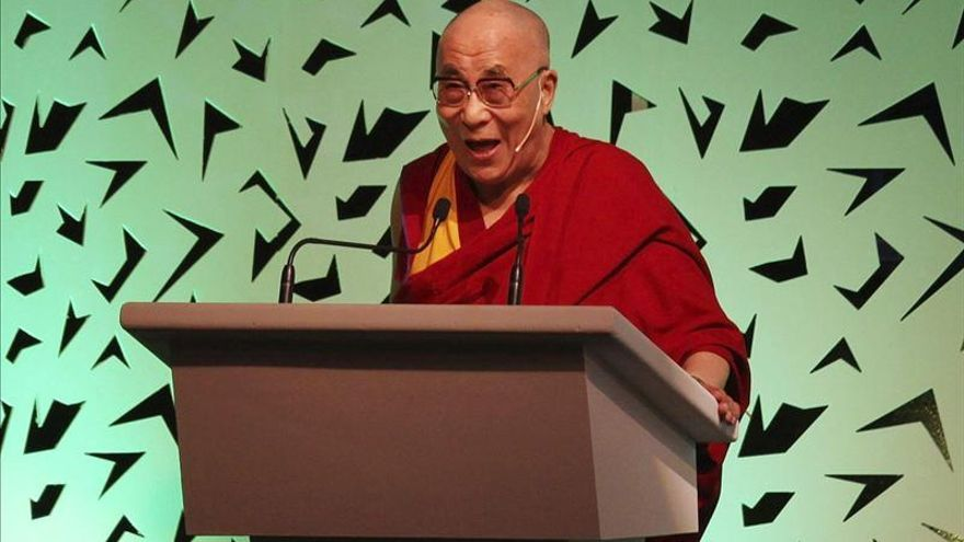 """El Dalái Lama lamenta el uso de la violencia para """"solucionar problemas políticos"""""""