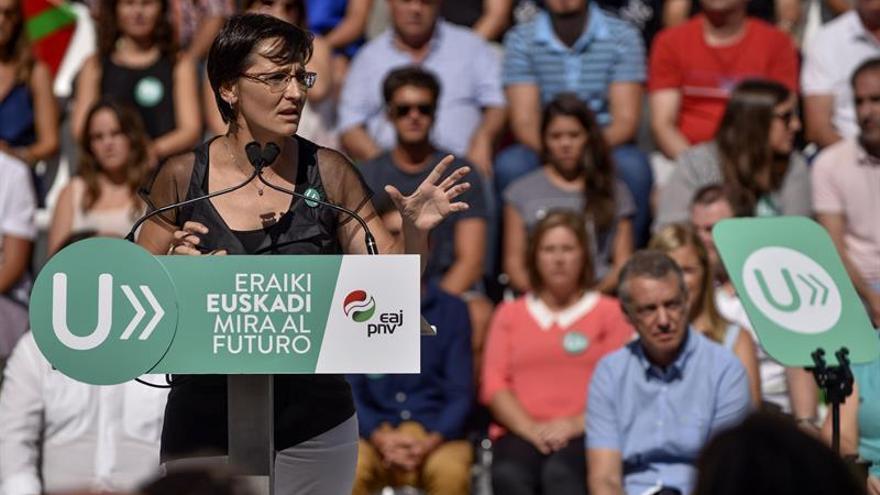 Reproches por la falta de Gobierno, en los mítines de las elecciones vascas