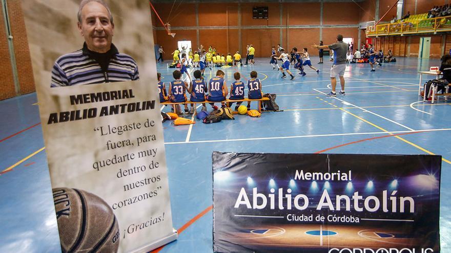 IV Memorial de Baloncesto Abilio Antolín en el pabellón de la UCO | ÁLEX GALLEGOS