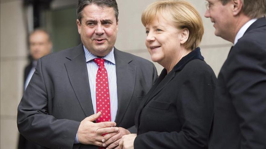 El SPD prepara su congreso mientras negocia con Merkel y se abre a izquierda