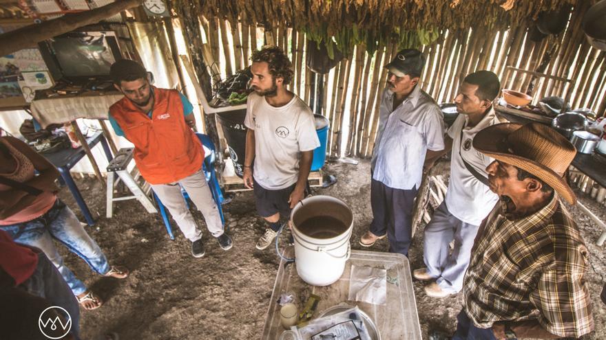 El agua es vital para el desarrollo sostenible. Foto: The Water Van Project