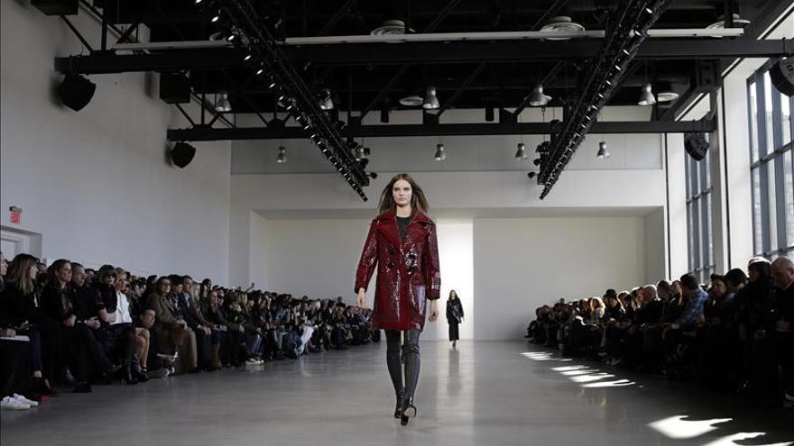 El rock minimal de Calvin Klein y la garantía Ralph Lauren cierran Nueva York