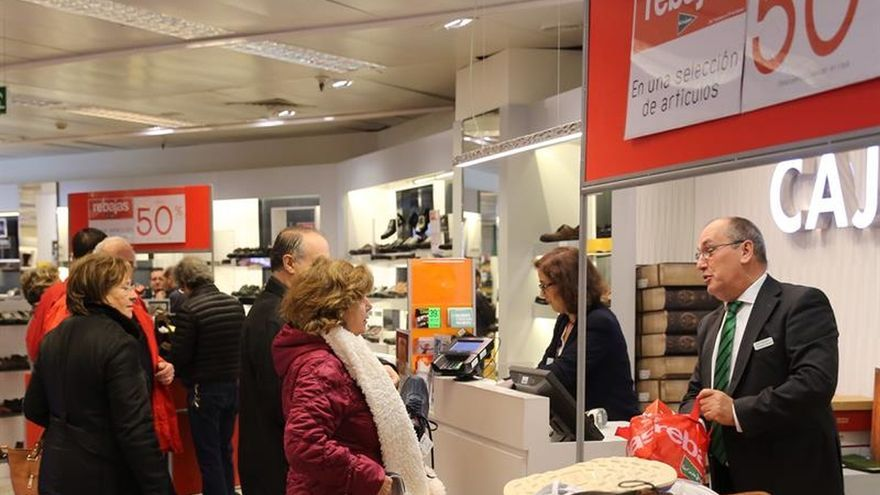 Los españoles consumen un 12 por ciento menos que la media de la UE