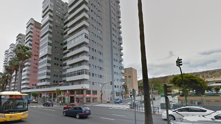 Edificio que escaló el grafitero.