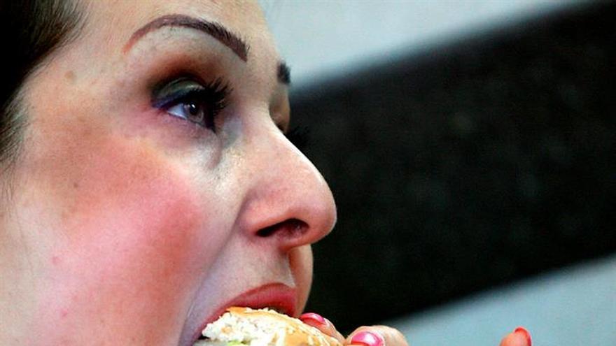 """La Administración francesa quiere un impuesto a la """"comida basura"""""""