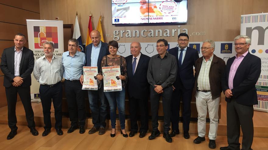 Presentación de la Feria Regional de Vinos, Quesos y Mieles.