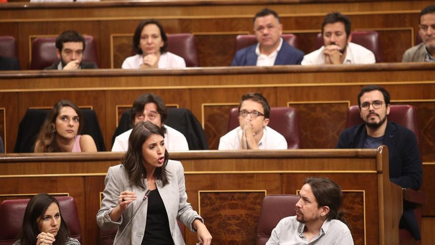 """Podemos denuncia que el Gobierno quiere resolver el conflicto catalán """"a mamporrazos"""" y """"a lo bestia"""""""