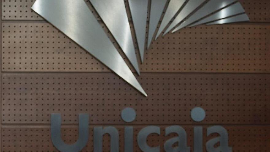 La junta de Unicaja Banco da el visto bueno a su salida a bolsa